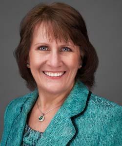 Lynne Zink Auctioneer